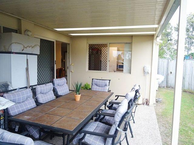 11 Madasin Close, Arundel QLD 4214