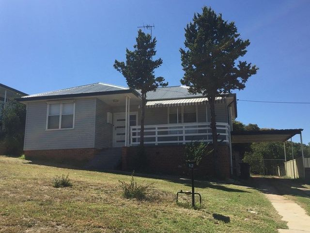 12 Florence Street, Young NSW 2594