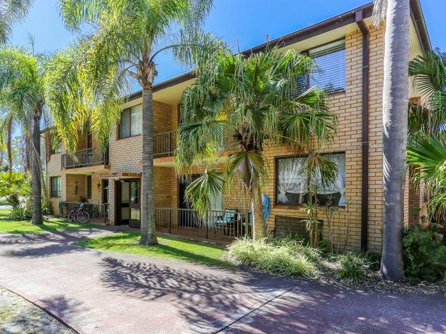 2/70 Mirreen Street, Hawks Nest NSW 2324