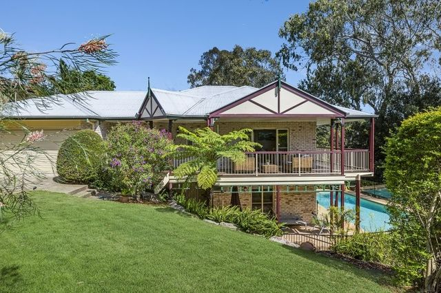 20 Cromwell Cl, Brookfield QLD 4069