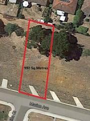 10 Marion Avenue