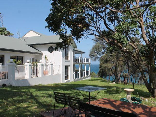 38 Iluka Avenue, Malua Bay NSW 2536