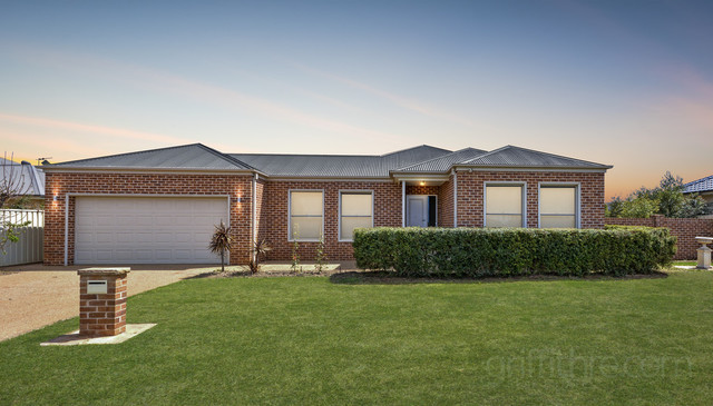 130 Clifton Boulevarde, Griffith NSW 2680