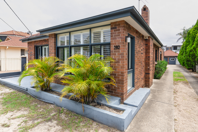 292 The Grand Pde, NSW 2219
