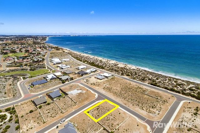 8 Bridge Street, Sunset Beach WA 6530