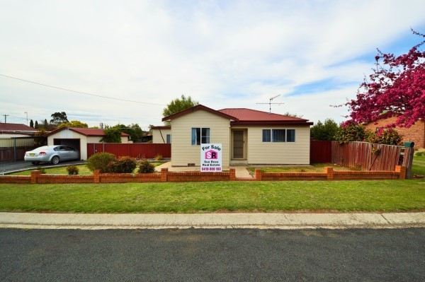 19 O'Donnell Avenue, Guyra NSW 2365