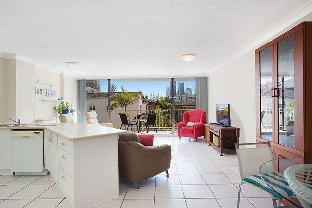 12/5-7 'Queensleigh' Queensland Avenue, Broadbeach QLD 4218
