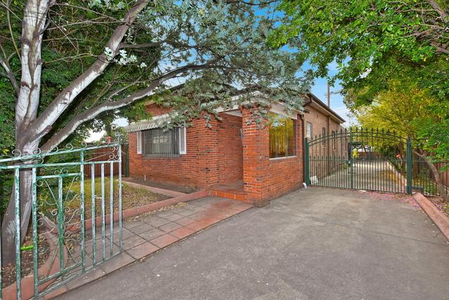 2 Chelmsford Avenue, Belmore NSW 2192
