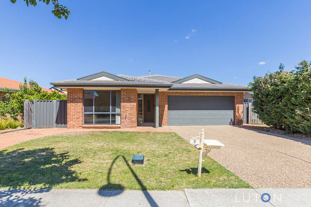 6 Buckingham Street, Amaroo ACT 2914
