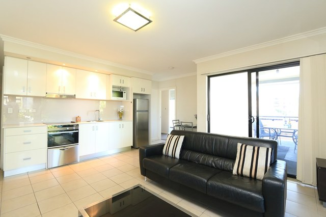 12/204 Wellington Road, Kangaroo Point QLD 4169
