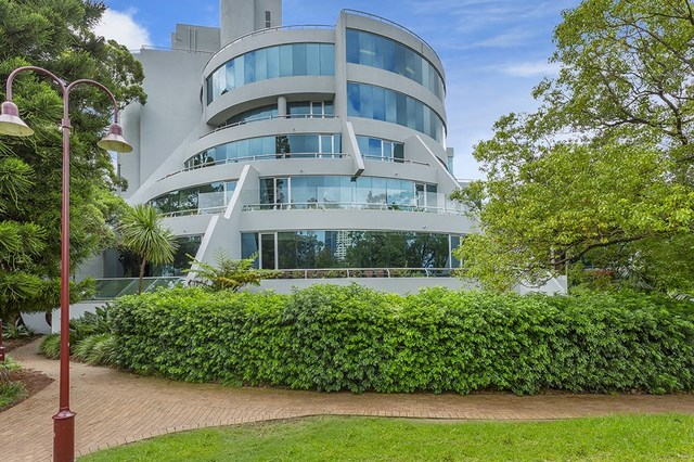 1 James Place, North Sydney NSW 2060