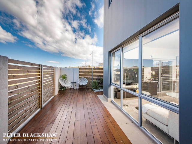 47/2 Peter Cullen Way, ACT 2611