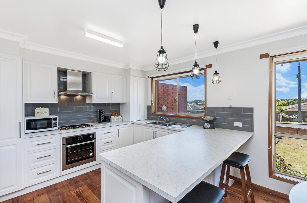 121 Woodend Road Warrnambool Vic 3280 House For Sale Allhomes