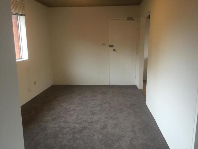 5/11 Templeman Crescent, NSW 2036