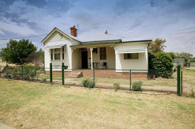 3 Earl Street, Junee NSW 2663