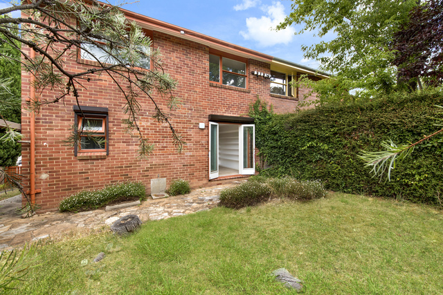 31 White Crescent, Campbell ACT 2612