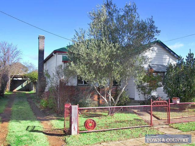 320 Beardy Street, NSW 2350