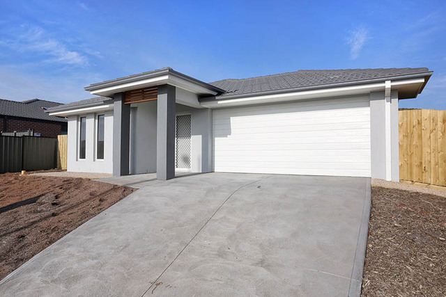 203 James Melrose Drive (Lot 242), Brookfield VIC 3338