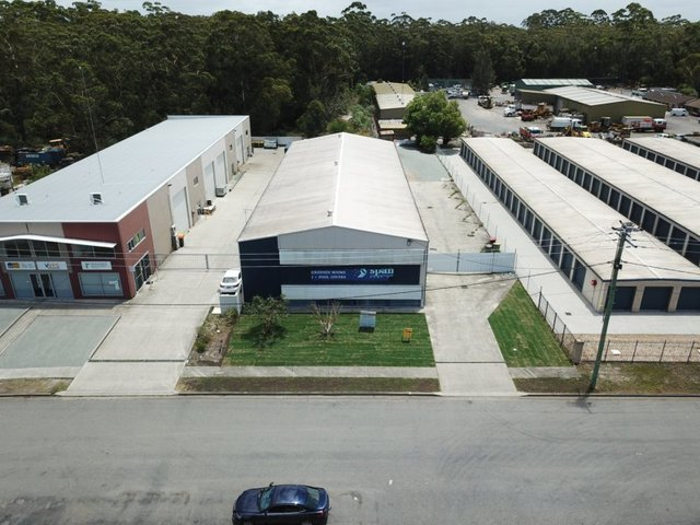 10 Dee Crescent (Warehouse / Office), Tuncurry NSW 2428