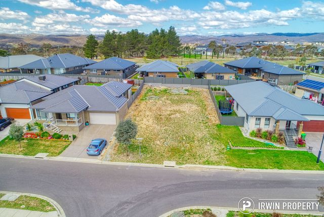 35 Mellington Loop, NSW 2620