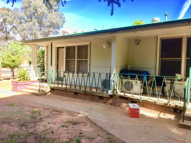 349 Macauley Street, Hay NSW 2711