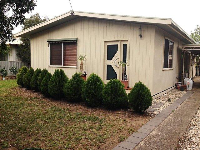 318 Macauley Street, Hay NSW 2711