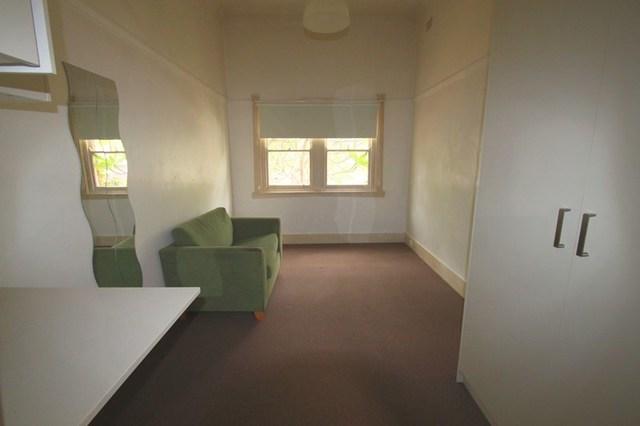 1a/52 Warren Road, NSW 2204