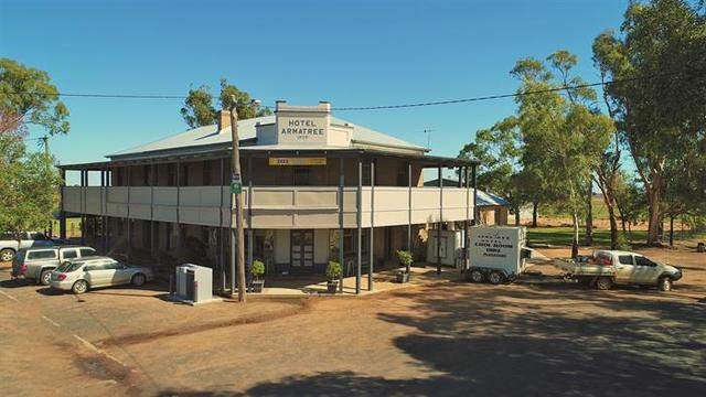 8 Merrigal Street, Armatree NSW 2828
