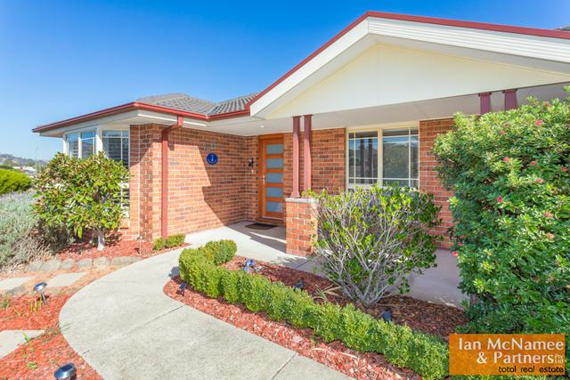4 Dora Street, Jerrabomberra NSW 2619