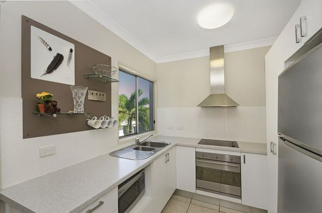 6/74 Cook Street, North Ward QLD 4810