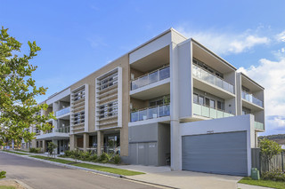 9/60 Caves Beach Road