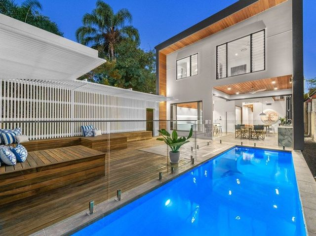 15 Argyle Street, Red Hill QLD 4059