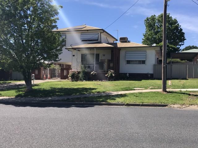 28 Howick Street, Tumut NSW 2720