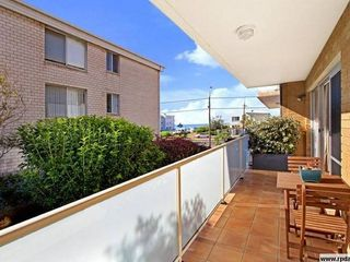 2/1209 Pittwater Road