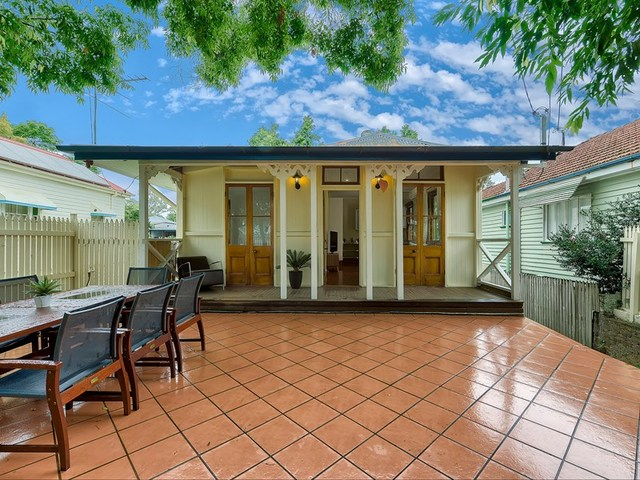 77 Gray Road, West End QLD 4101