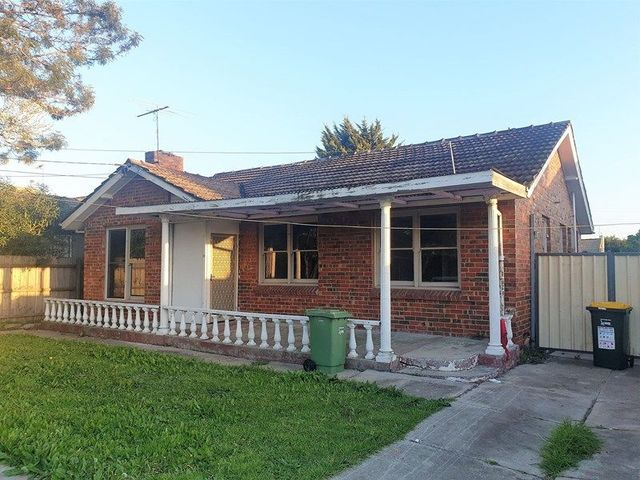 19 Waverley Street, VIC 3047