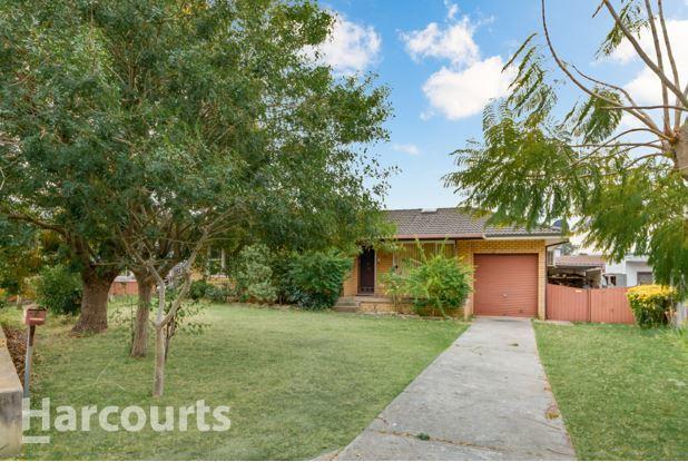 120 Saywell Road, Macquarie Fields NSW 2564