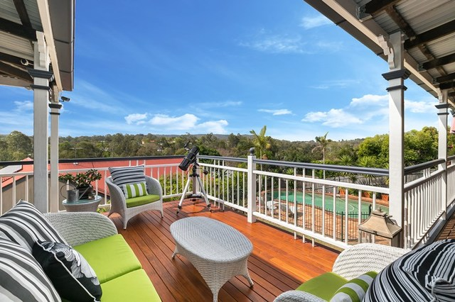 6 Whiteley Close, Brookfield QLD 4069