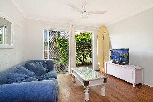 2/26 'Ballandra' Cronin Avenue, Main Beach QLD 4217