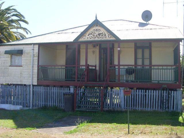 8 Hodge Street, Goomeri QLD 4601