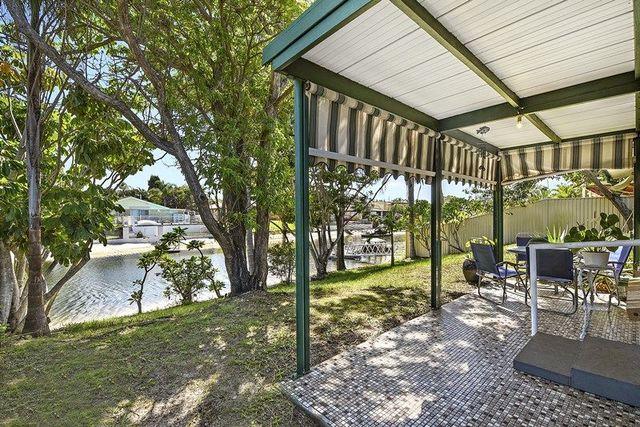 15 Flamingo Key, Broadbeach Waters QLD 4218