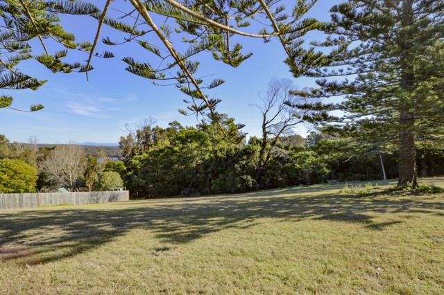 1 Viewpoint Court, Tuross Head NSW 2537