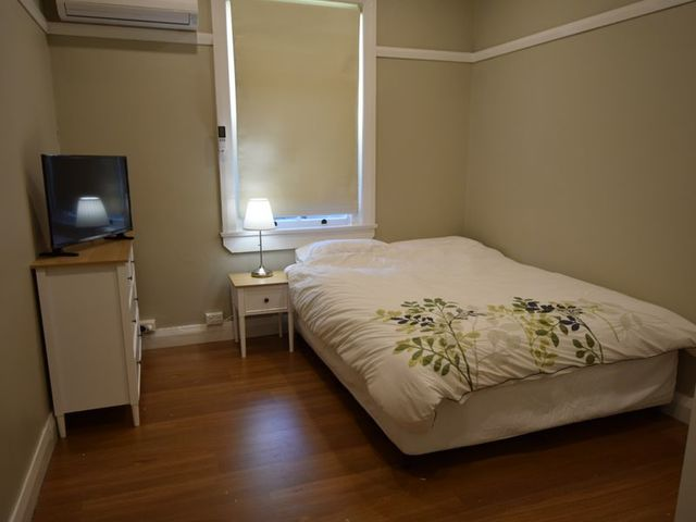2/14 Spring Street, Young NSW 2594