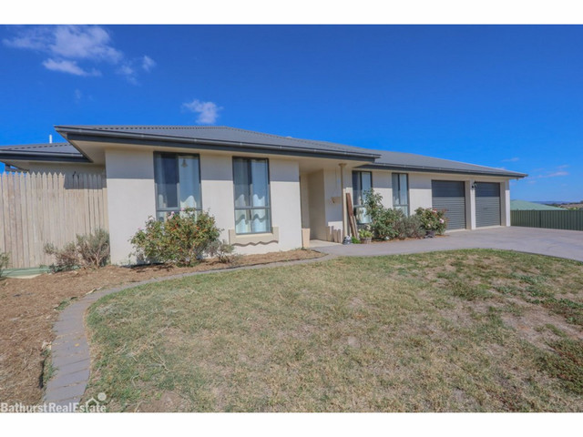 9 Ruby Close, Kelso NSW 2795