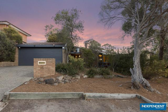 16 Lawrence Crescent, Kambah ACT 2902