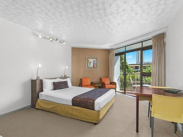 2/63 The Strand, North Ward QLD 4810