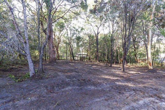 8 President Terrace, Macleay Island QLD 4184