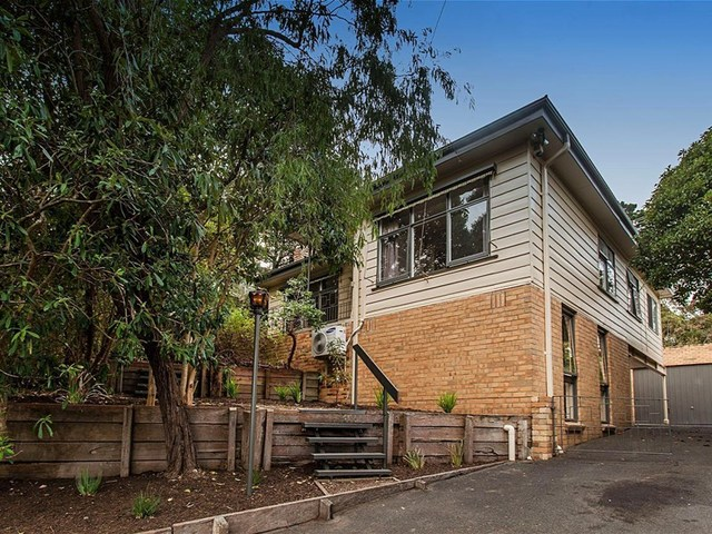 10 Glenvale Road, Ringwood North VIC 3134