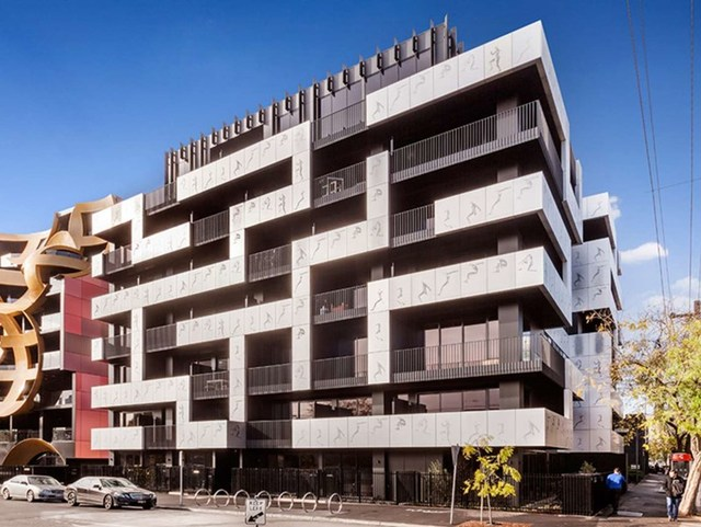 REF9S322/99 Palmerston Cres, Southbank VIC 3006