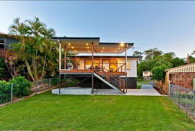 (no street name provided), Arana Hills QLD 4054